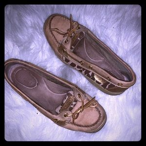 SPERRY with leopard print sides SIZE 7